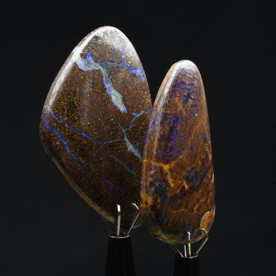 Caboșoane Opal în Matrice