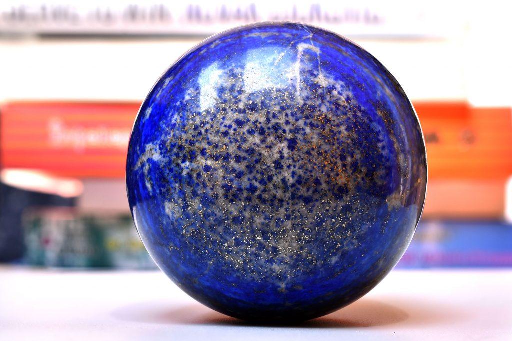 Sferă Lapis Lazuli de vânzare